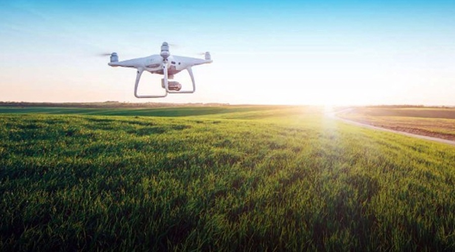 American company has developed a drone that can fly 14 hours.