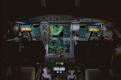 Falcon_2000LX_interior_1