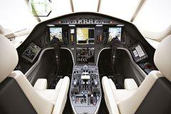 Falcon_2000S_interior_3